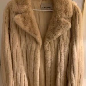 Jackets & Blazers - Blonde Mink Fur Coat